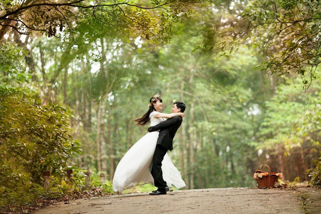 LES 15 BONNES RAISONS DE NE PAS PORTER DE TALONS A SON MARIAGE aurelie cousseau cérémonies