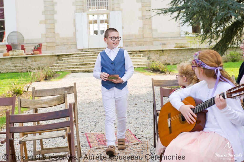 enfant d honneur - Shooting-Inspiration-Mariage hipster-Château-Frombauge-Marine-Monteils-Photographe-aurelie cousseau cérémonies