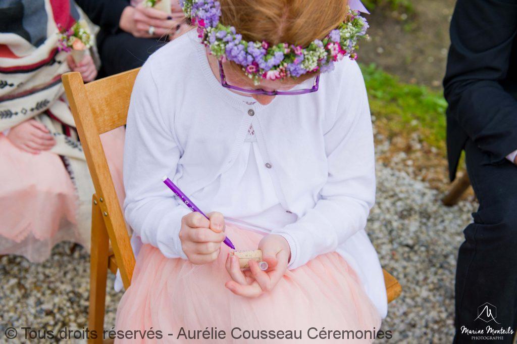 rituel des bouchons-Shooting-Inspiration-Mariage hipster-Château-Frombauge-Marine-Monteils-Photographe-aurelie cousseau cérémonies