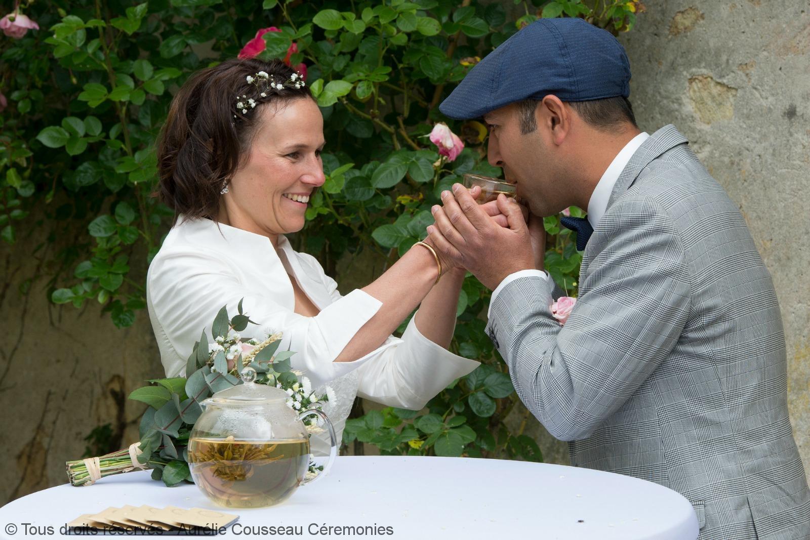 cérémonie dans un écrin de verdure_C&O - partage-Château-Sentout-Photographe Caroline Blumberg-aurelie cousseau cérémonies